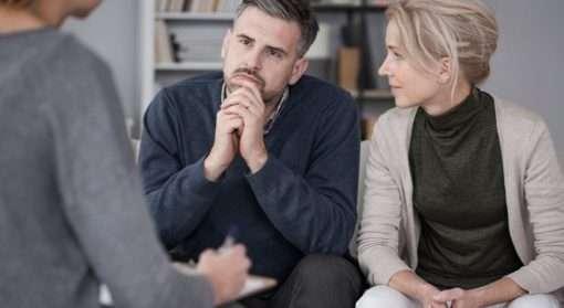 Snakk med familievernet dersom du har problemer med sinne og utsetter partner eller familie for vold og overgrep